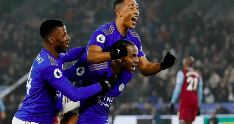 Chelsea celebrate scoring in the EPL